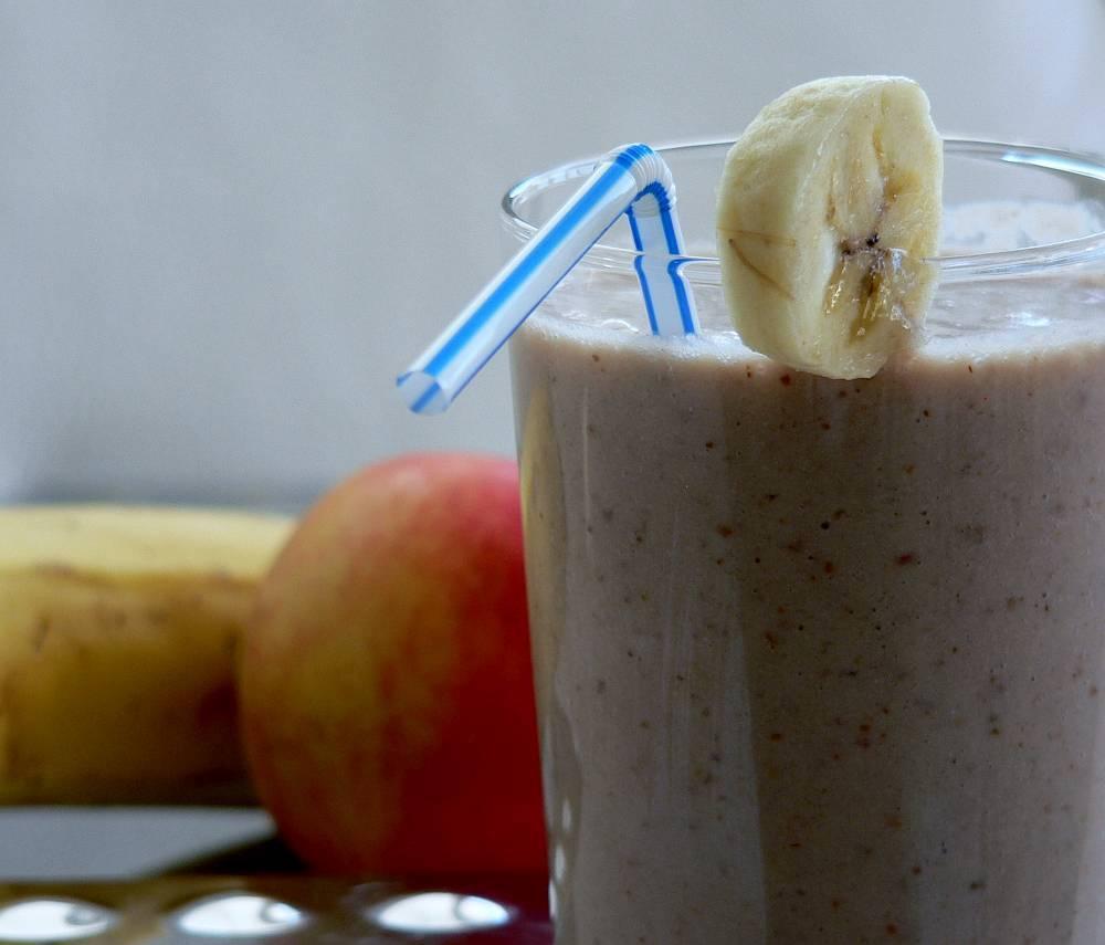 Makové smoothie s banánem