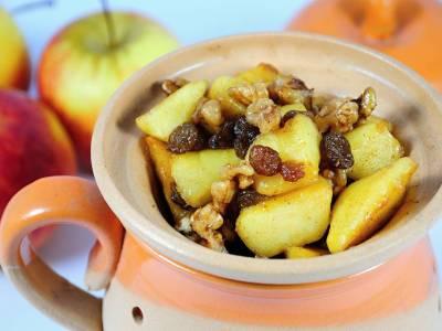 Pečené jablko se skořicí