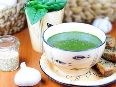 Špenátová polévka s quinoou