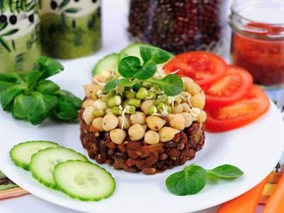Tříluštěninový salát