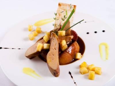 Foie gras s ananasem