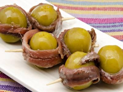 Olivy s ančovičkami
