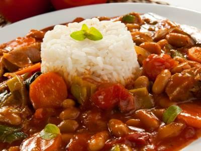 Hovězí na zelenině s rýží